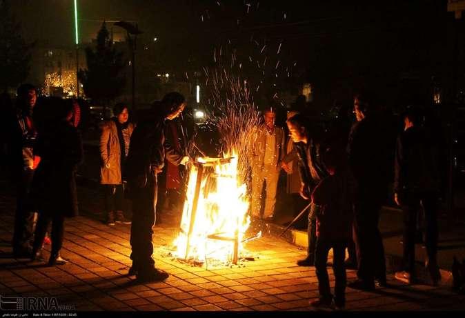 تصاویر| چهارشنبهسوری در استانها - 1
