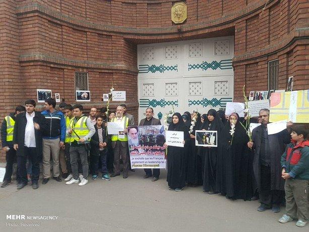 تجمع مقابل سفارت فرانسه در تهران+عکس - 14