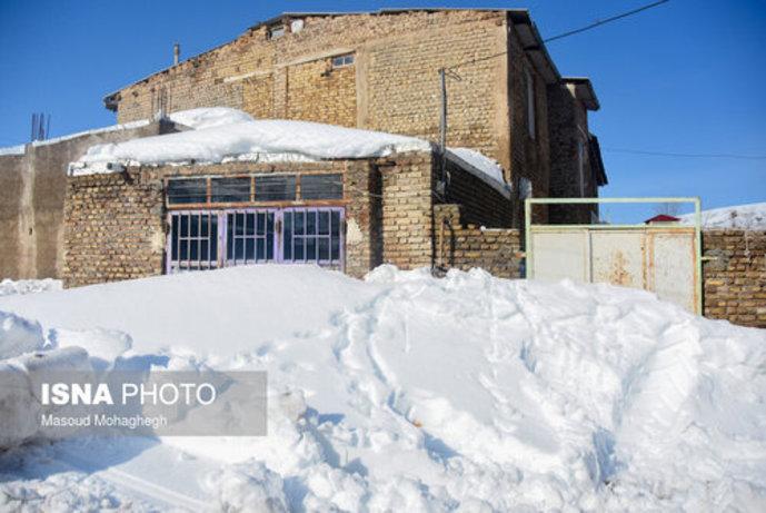 تصاویر/ بارش سنگین و بیسابقه برف در کالپوش شهرستان میامی - 4
