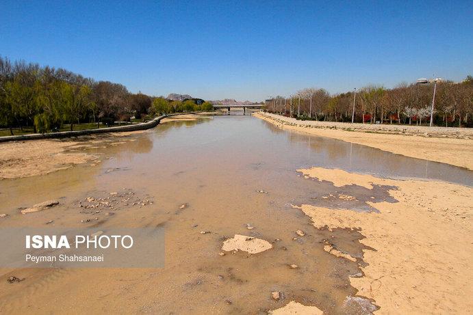 جاری شدن آب در زاینده رود نشاط نوروزی را دو چندان کرد+تصاویر - 31