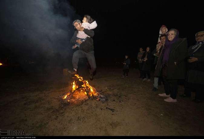 تصاویر| چهارشنبهسوری در استانها - 13
