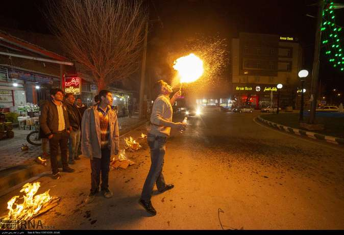 تصاویر| چهارشنبهسوری در استانها - 16