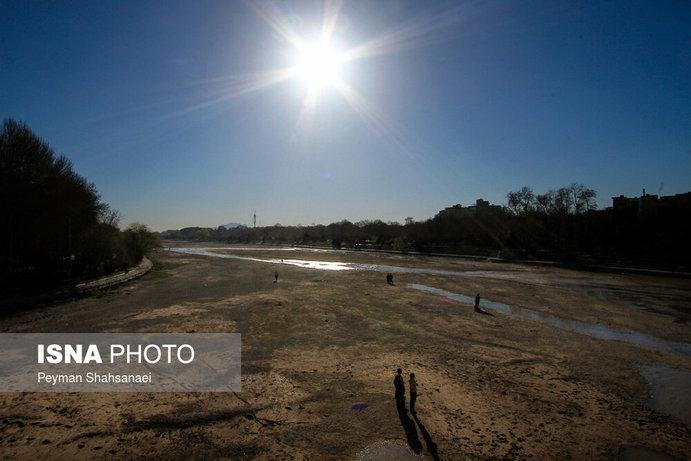 جاری شدن آب در زاینده رود نشاط نوروزی را دو چندان کرد+تصاویر - 30