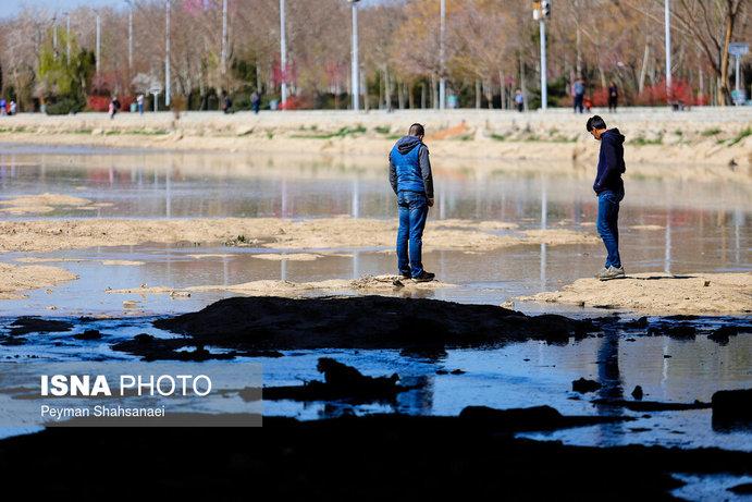 جاری شدن آب در زاینده رود نشاط نوروزی را دو چندان کرد+تصاویر - 19