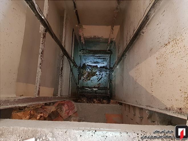 مرگ مرد ۲۲ ساله پس از سقوط ۹ طبقهای + تصاویر - 10