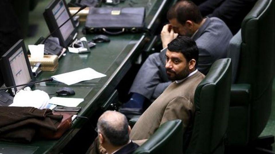 حضور رئیس جمهور در صحن علنی مجلس شورای اسلامی - 4