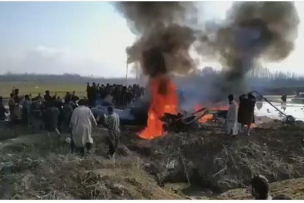 ورود سه جنگنده پاکستانی به حریم هند+ عکس و فیلم - 16