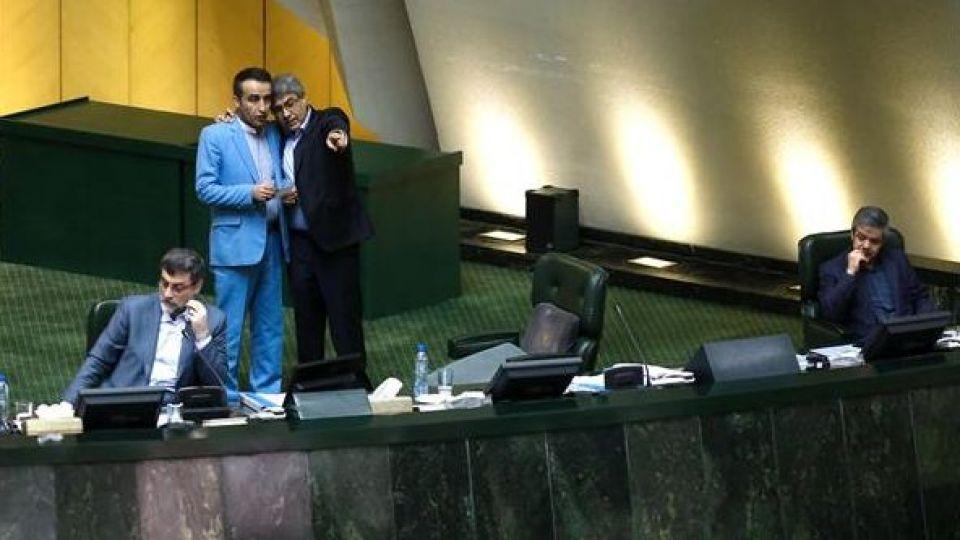 حضور رئیس جمهور در صحن علنی مجلس شورای اسلامی - 7