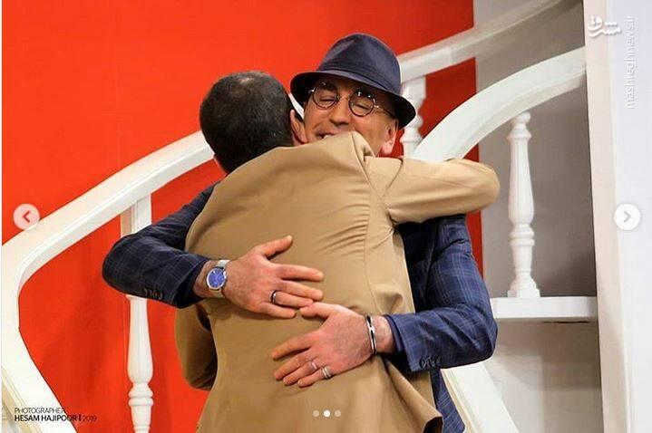 مجری معروف تلویزیون در کنار حضرت والا - 3