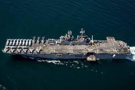 تعقیب ناو جنگی آمریکا توسط دو قایق تندروی ایران - 0