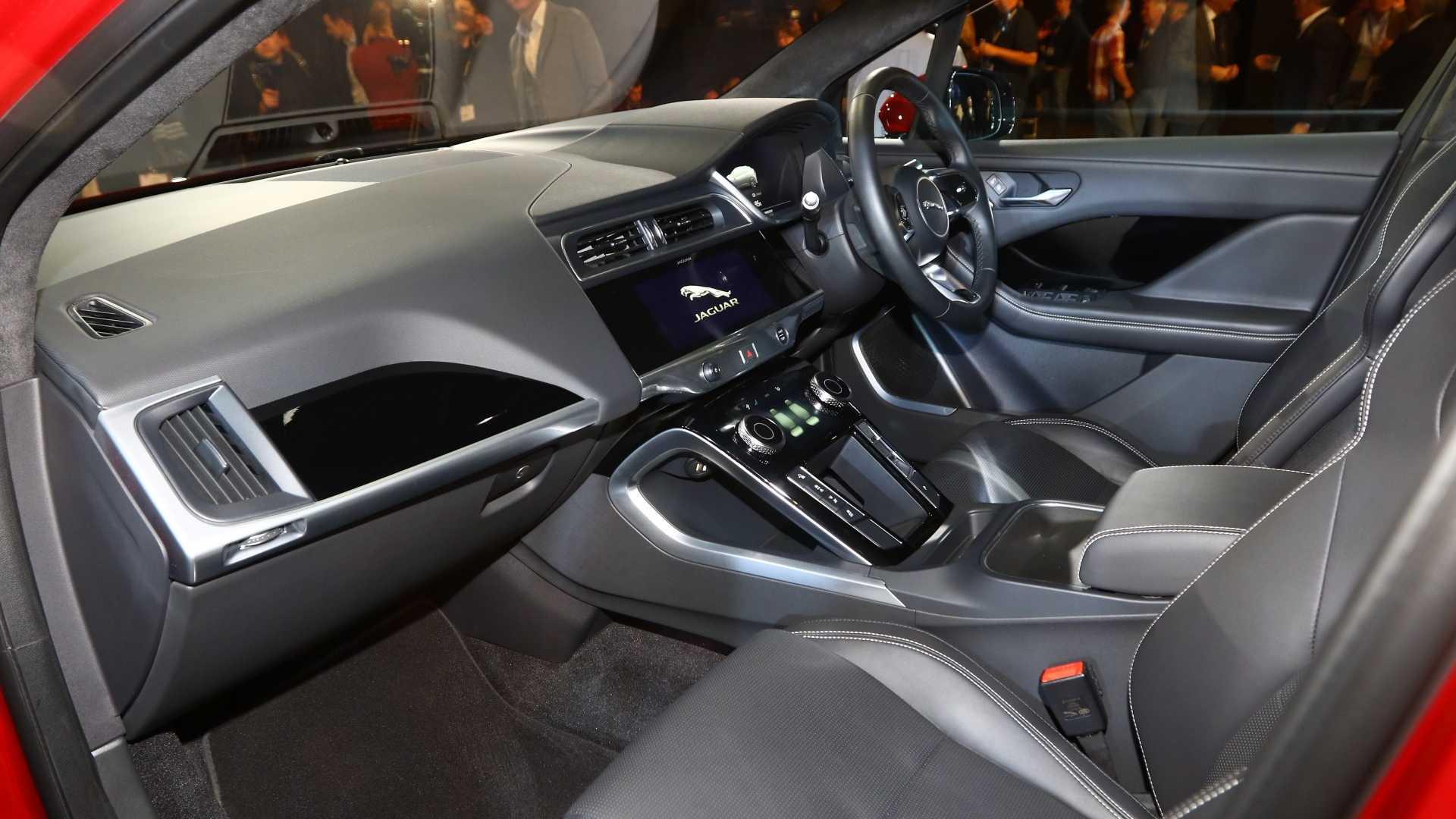 جگوار آی- پیس الکتریکی خودروی سال اروپا - 12