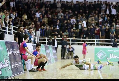 مریوان؛ جشن صعود تیم راهیاب ملل به لیگ برتر (عکس) - 7