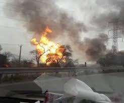 حادثه انفجار خط لوله گاز اهواز/ هلال احمر: احتمال حریق در نقاط دیگر وجود دارد - 0