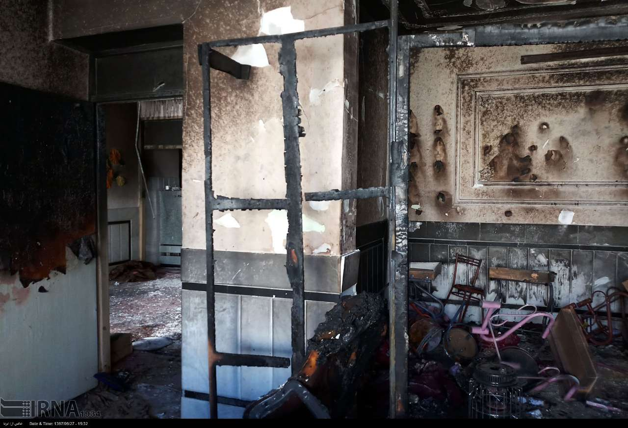 خواهر دوقلوی دختر فوت شده در حادثه زاهدان: التماسها و ضجههای خواهرم از گوشم بیرون نمیرود - 9