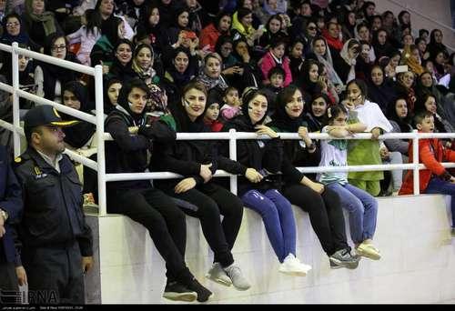 مریوان؛ جشن صعود تیم راهیاب ملل به لیگ برتر (عکس) - 0