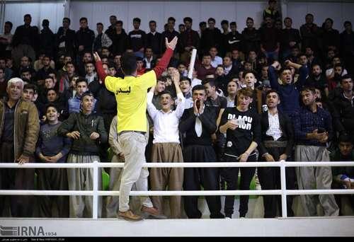مریوان؛ جشن صعود تیم راهیاب ملل به لیگ برتر (عکس) - 6