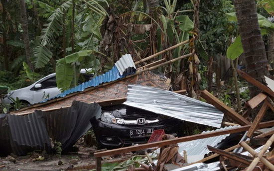 بلایی که سونامی مرگبار سر مردم اندونزی آورد - 4