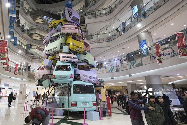 عجیبترین درخت کریسمس امسال را ببینید - 5