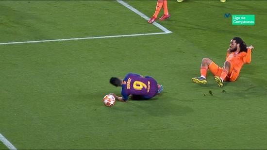 سوارز باید تا آخر عمر از فوتبال محروم شود! - 7