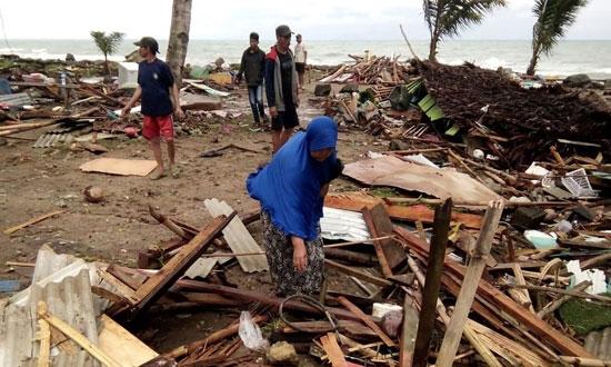 بلایی که سونامی مرگبار سر مردم اندونزی آورد - 11