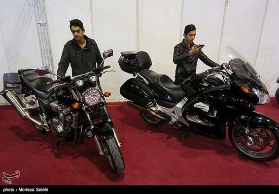 نمایشگاه خودروهای کلاسیک و مدرن در اصفهان - 14