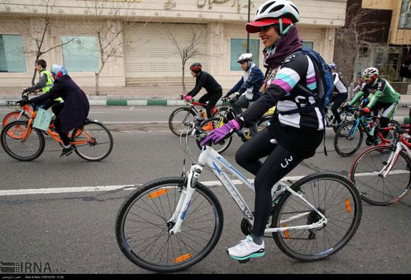 تصاویری از بانوان دوچرخهسوار در تهران - 8