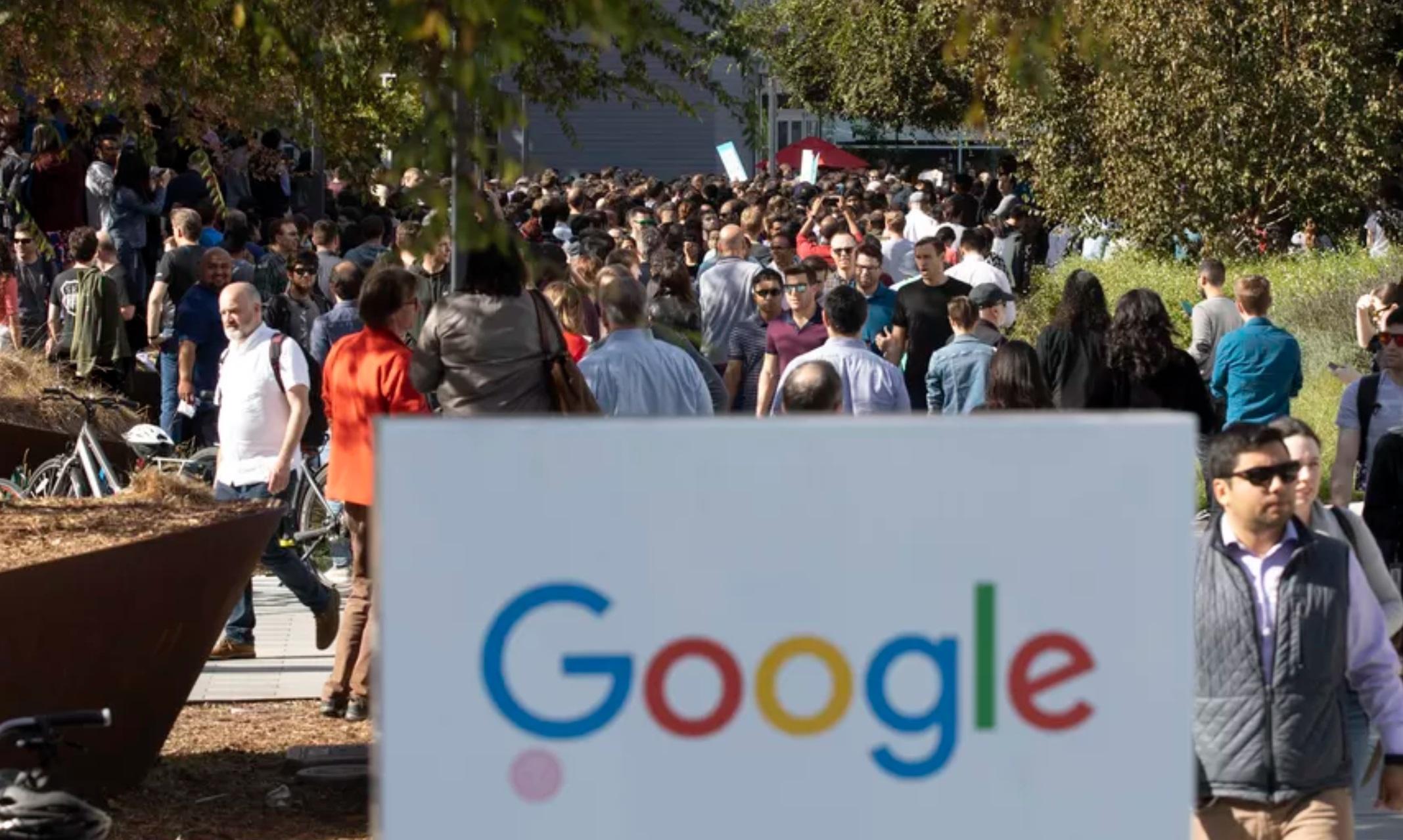 تصاویری از راهپیمایی کارکنان گوگل به دلیل رسواییهای اخیر - 5