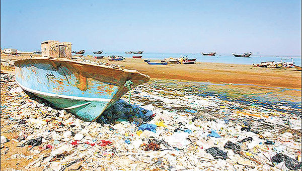 تحلیل رفتار زیستمحیطی گردشگران ساحلی