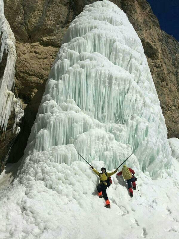آبشاری یخزده در تهران! +عکس - 2
