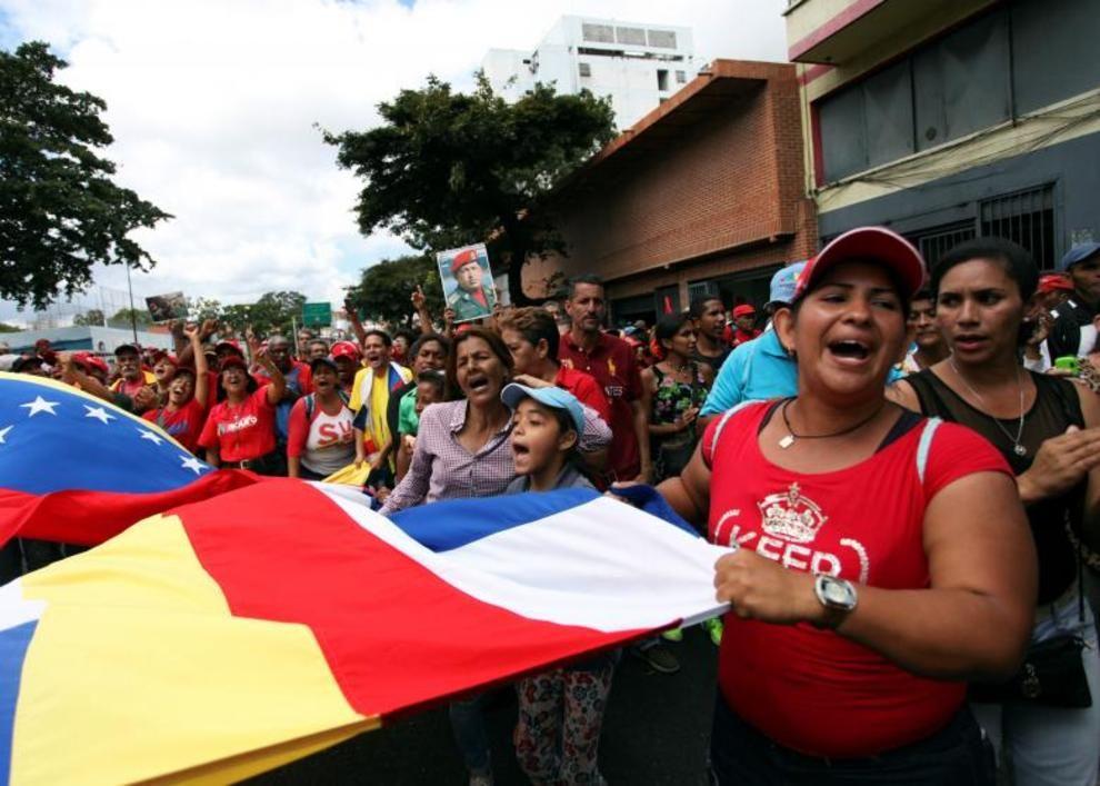 تصاویر لحظه به لحظه قیام مردم ونزوئلا - 1