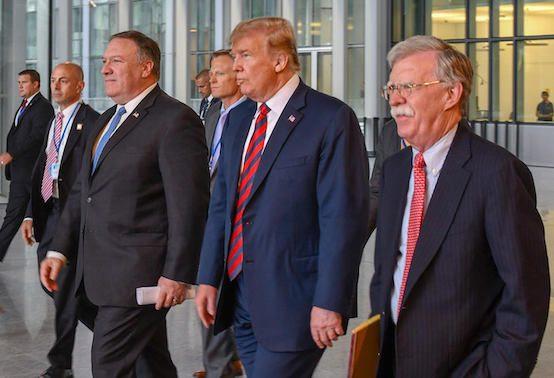 نئوکانها در کاخ سفید آمادهاند جنگ با ایران را کلید بزنند / این را بدانید؛ این جنگ مطابق آرزوهای هیچکس در واشنگتن پیش نخواهد رفت / اگر استعفای ظریف قطعی میشد، پیروزی بزرگی برای جان بولتون بود / دو چهره ضدایرانی اطراف ترامپ به دنبال پیروزی تندروها در تهران هستند - 0