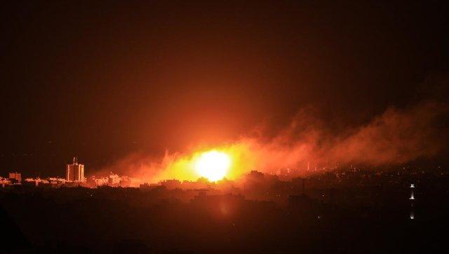 جنگندههای اسرائیل مواضع مقاومت در غزه را بمباران کردند - 0