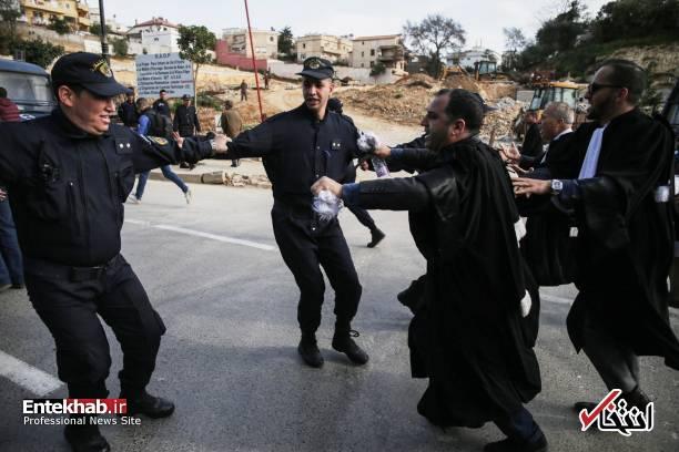 تصاویر: تظاهرات گسترده وکلا علیه عبدالعزیز بوتفلیقه - 9