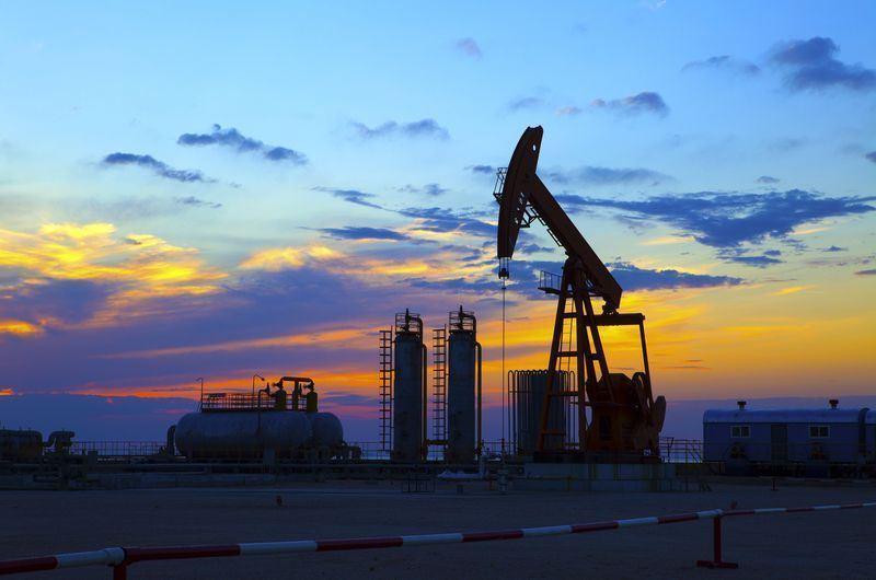 قیمت جهانی نفت از مرز ۷۰ دلار فراتر رفت - 0