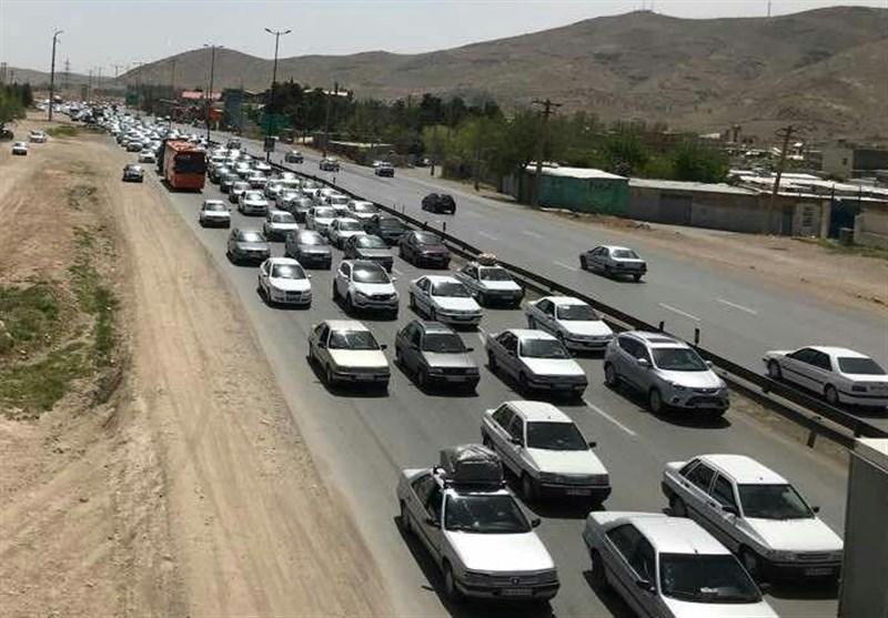 ترافیک نیمه سنگین در ورودی شهر تهران - 0