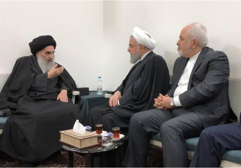تزریق سرمایه سیاسی به روحانی در میانهی مواجهه کنونی با بحران در ایران / ظریف رابطهی نزدیکی با آیت الله سیستانی دارد؛ او یکبار به وزیر خارجه ایران گفته بود: کتاب «آقای سفیر» شما را خواندهام؛ شما شایسته مقام وزارت خارجهاید - 0