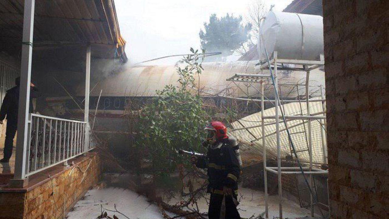 خانهای که هواپیما با آن اصابت کرده است + تصاویر - 7