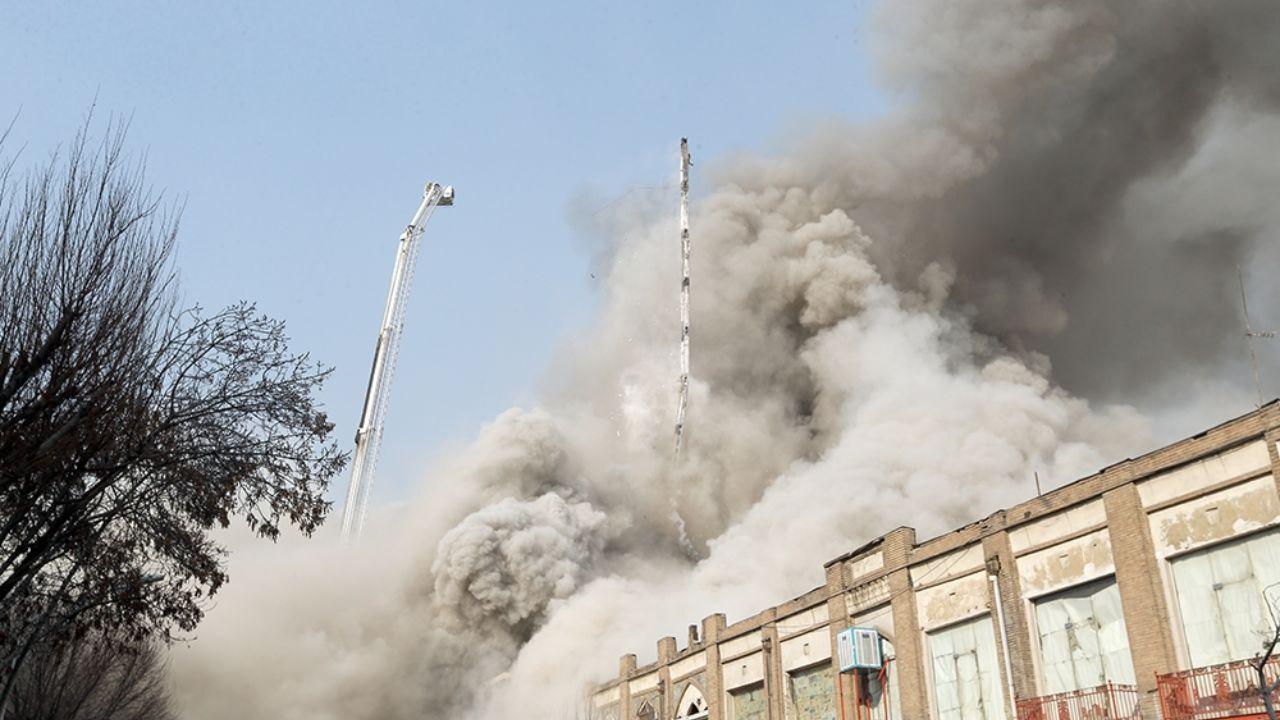 ۳۰ دی ۱۳۹۵؛ آتشسوزی و ریزش ساختمان پلاسکو + تصاویر - 14