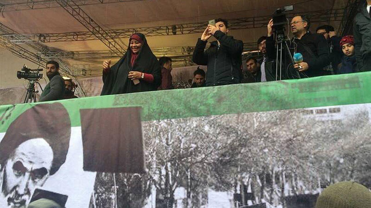 حضور مرضیه هاشمی در راهپیمایی ۲۲بهمن + عکس - 2
