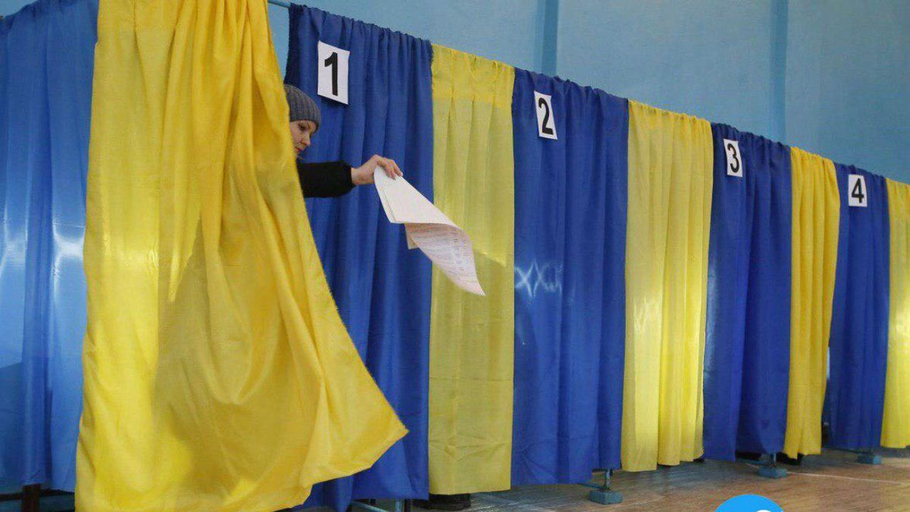 انتخابات ریاست جمهوری اوکراین آغاز شد