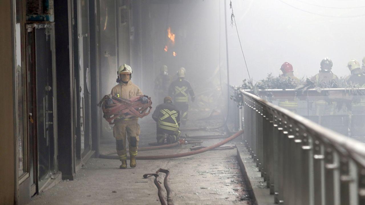 ۳۰ دی ۱۳۹۵؛ آتشسوزی و ریزش ساختمان پلاسکو + تصاویر - 4