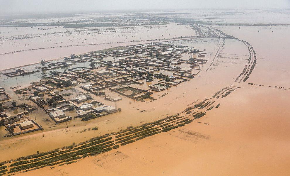 (تصاویر) بازدید هوایی وزیر کشور از مناطق سیلزده خوزستان - 9