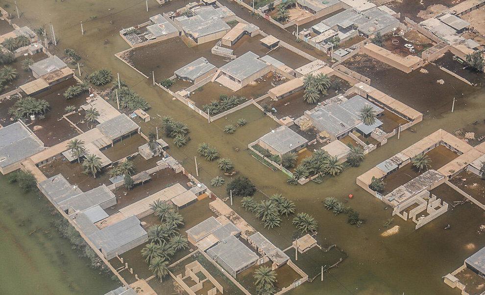 (تصاویر) بازدید هوایی وزیر کشور از مناطق سیلزده خوزستان - 15