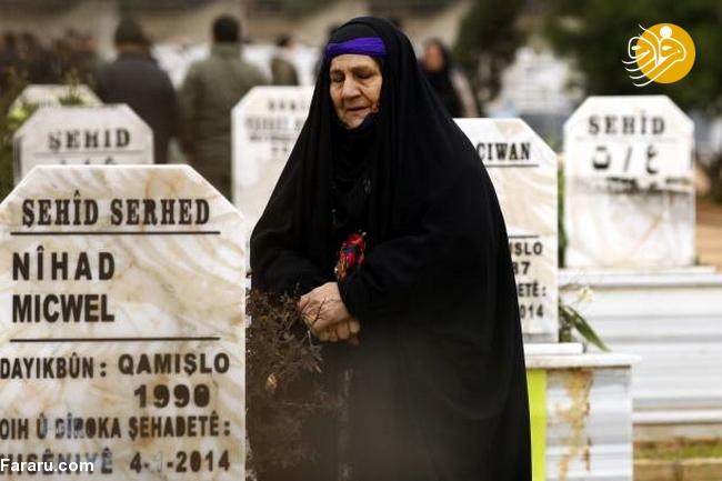 (تصاویر) تشییع دختر کشته شده در جنگ با داعش - 12