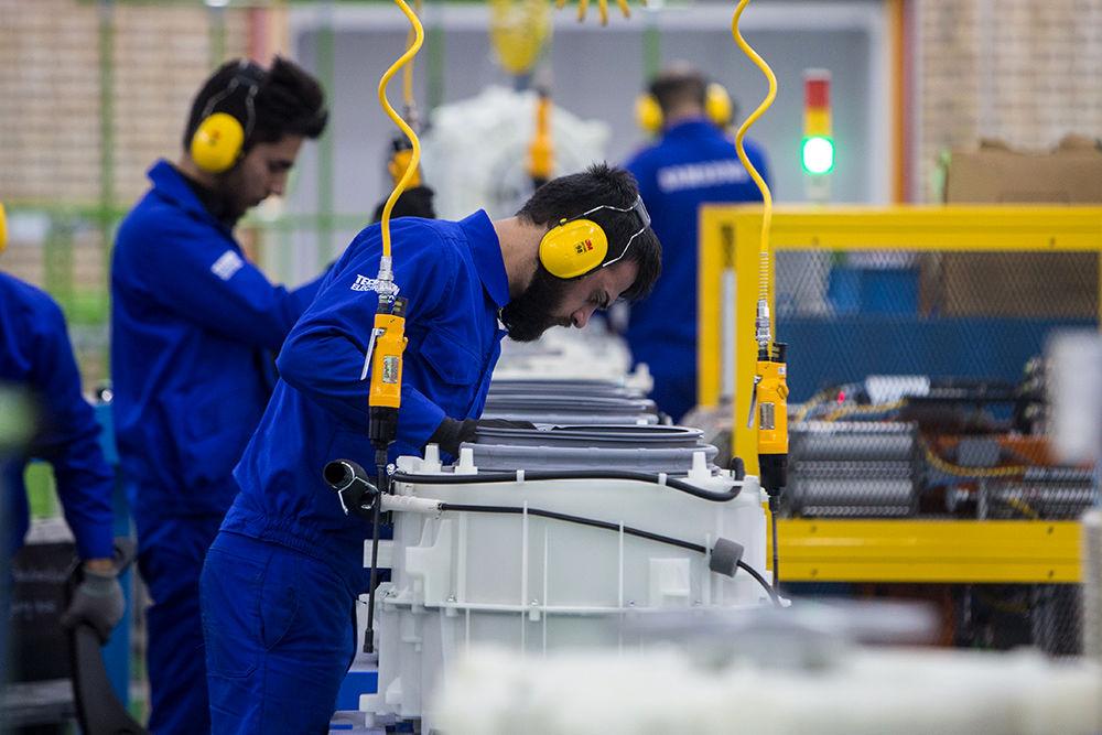 حداقل دستمزد کارگران، یک میلیون و ۵۱۶ هزار تومان شد - 0