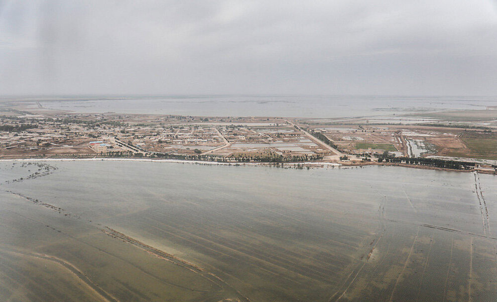 (تصاویر) بازدید هوایی وزیر کشور از مناطق سیلزده خوزستان - 17