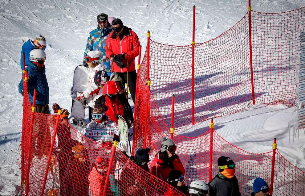 (تصاویر) لذت اسکی در برفهای پاییزی توچال - 13