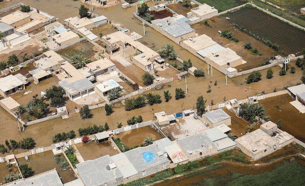 (تصاویر) بازدید هوایی وزیر کشور از مناطق سیلزده خوزستان - 14