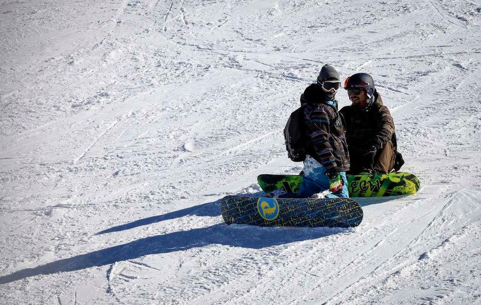 (تصاویر) لذت اسکی در برفهای پاییزی توچال - 4