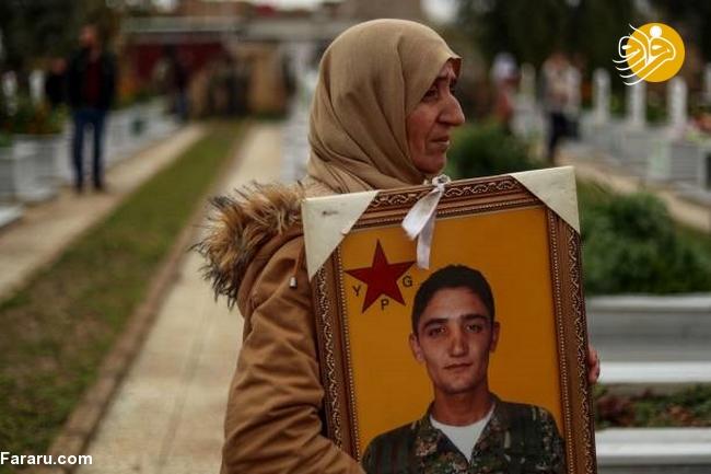 (تصاویر) تشییع دختر کشته شده در جنگ با داعش - 17